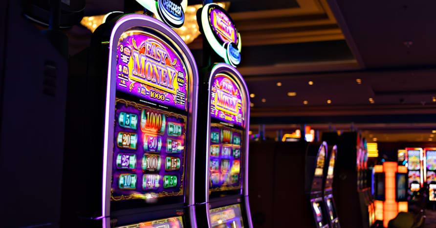 Como casinos fazem Slot Machines Dinheiro Via